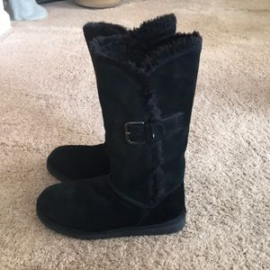Xhilaration shoes | Black ugg style Winter boots